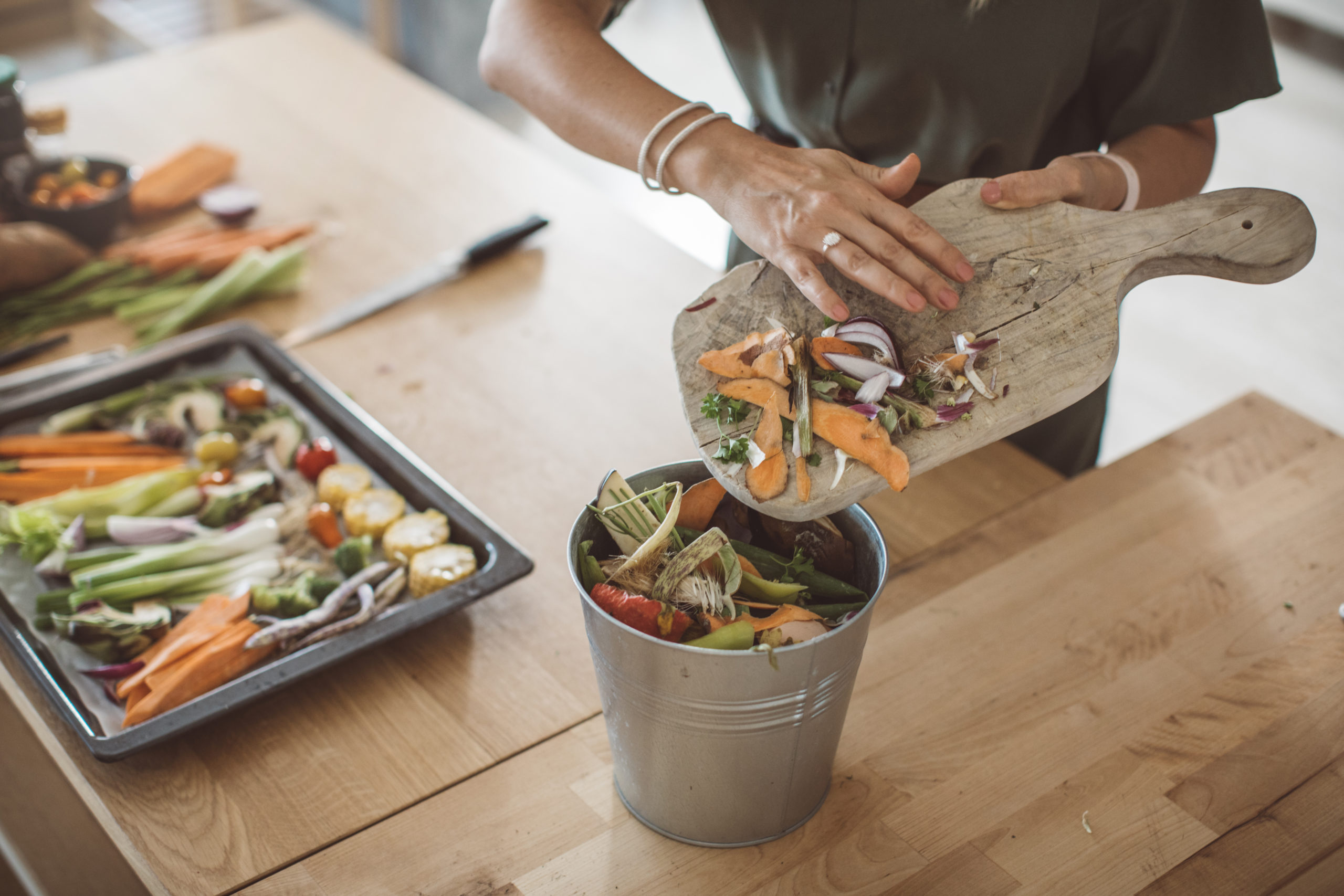 Food headed straight to the dustbin causes $1trn in economic losses each year