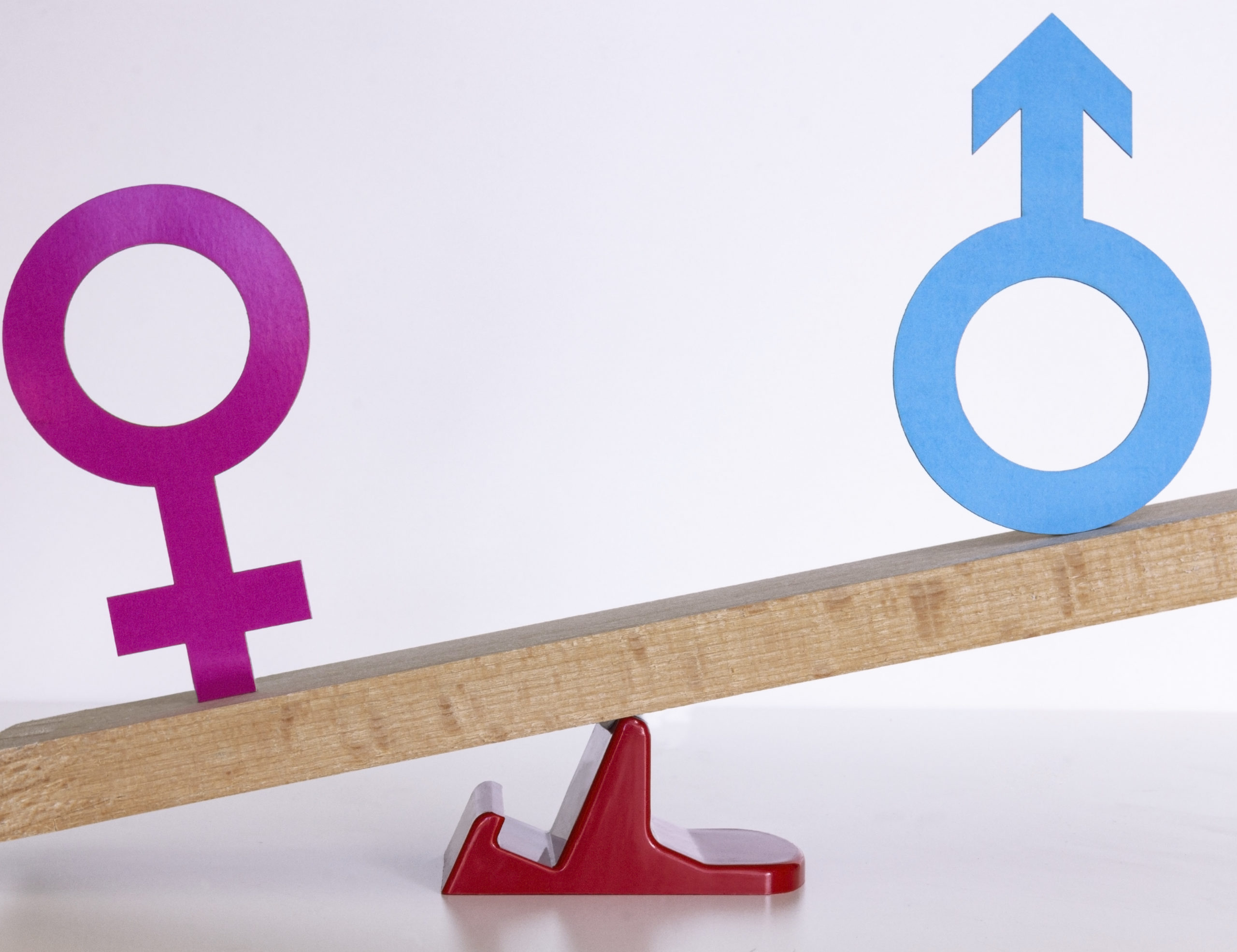 Campaign urges firms to report gender pay gaps sooner and better